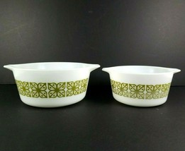 Pyrex Bowls Set of 2 Verde Green with Square Flowers 1.5 & 1.0 Qt 474B &... - $21.73