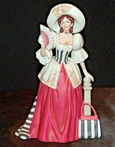 Miss Albee Award Figurine with Box AA20-2154 Vintage