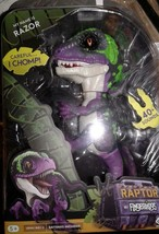 Fingerlings Interactive Wearable Friend Dinosaur RAZOR Chomps New - $14.95