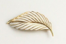 VINTAGE ESTATE Jewelry SIGNED TRIFARI WHITE ENAMEL & GOLD  RETRO LEAF BR... - $10.00