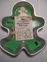 WILTON 1985 GINGERBREAD BOY CAKE PAN HOLIDAY CHRISTMAS 2105-2072 INSERT - $8.90