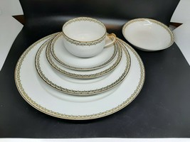 Haviland Limoges ALBANY pattern 5 pc. Place Setting + small fruit dish. PERFECT! - $75.00