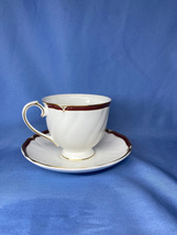 Wedgwood Empress Ruby Bone China Scalloped Edge White Cup And Saucer Set - $28.99
