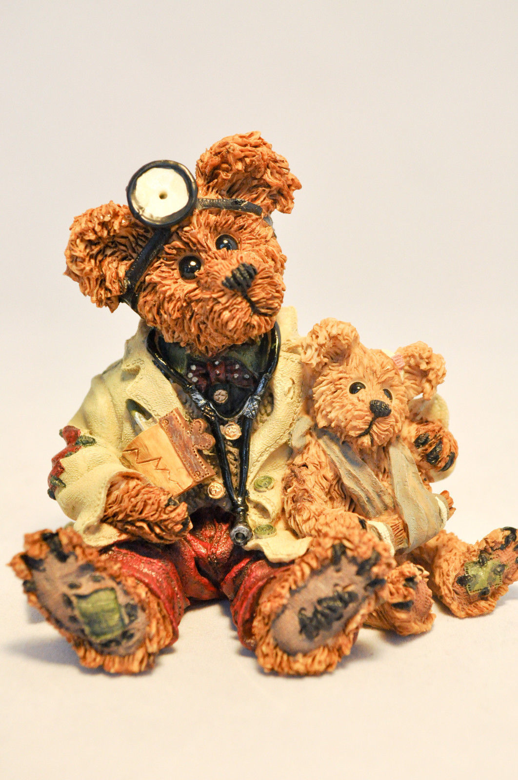 Boyds Bears: Dr Harrison Griz ... MD, PHD, Bud - Style 228309 image 9