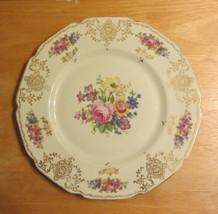 Heinrich H&C Selb Ivory Body Supreme Dinner Plate - $34.29