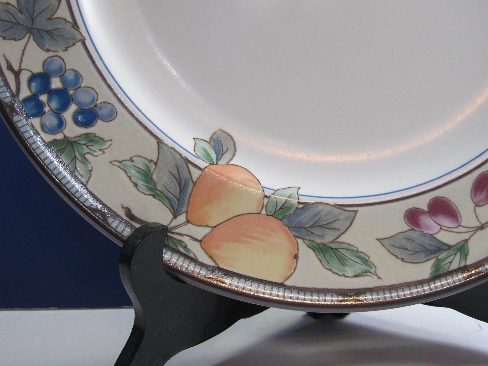 ... Mikasa Garden Harvest Dinner Plate/s 11.5-Inch multiples available ... & Mikasa Garden Harvest Dinner Plate/s and 50 similar items