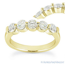 Round Cut Forever Brilliant Moissanite 14k Yellow Gold 5-Stone Band Wedd... - €558,33 EUR+