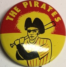 1960's Pittsburgh Pirates Vintage Pin Pinback .75 Inch Baseball MLB Red Crane - $12.82