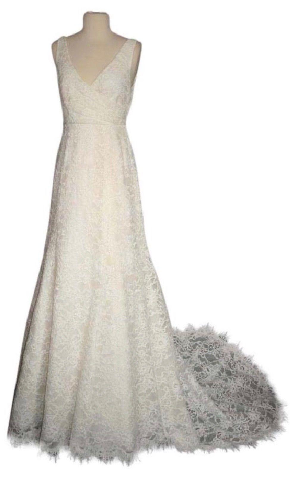 Old fashioned lace wedding dress 29