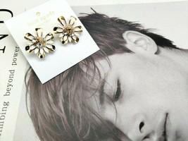 Kate Spade New York White & Gold Flower Stud Earring - $17.81
