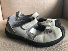 KEEN Ivory Gray Leather Mary Jane Comfort Flats size 7.5 - $23.07