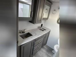 2020 KEYSTONE MONTANA 3781RL FOR SALE IN Middleburg, Fl 32068 image 5
