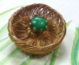 """Vintage Jewelry:1 1/2"""" Gold ToneWire Brooch With Green Glass Stone Cente... - $11.99"""