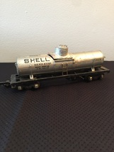 American Flyer Railroad Car #625 - Shell silver dome tank car (for parts)