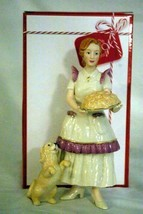 """Lenox 2019 Fireplace Collection Mom Holding Plate Of Cookie's 8"""" Figurine NIB - $27.02"""