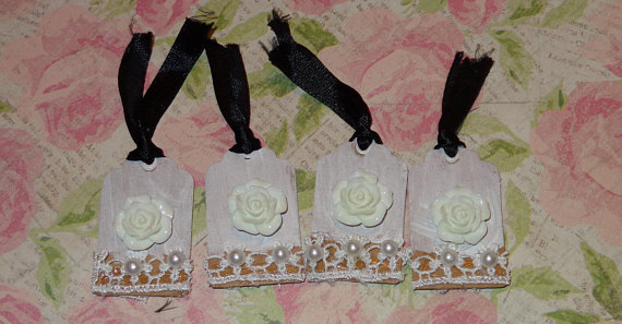 White rose mini tags
