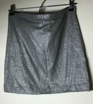 H&M BASIC WOMENS SIZE M SILVER SKIRT, FREE SHIPPING - $9.50