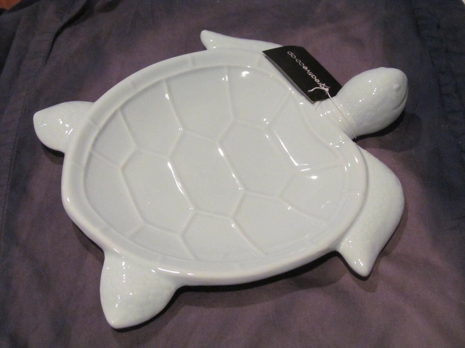 Primary image for Creative Co-op Lt. Blue Ceramic Turtle Coupe Plate / Trinket or Dresser Tray NWT