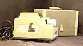 American Optical Executive 300 Slide Projector with Case AA20-2130 Antique (USA) image 3