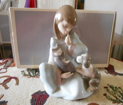 LLADRO #5640-CAT NAP ORIGINAL BOX MINT CONDITION GIRL WITH CAT AND DOG - $139.90