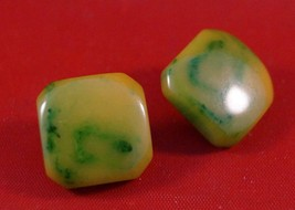 Vintage Bakelite Post Earrings Jewelry - $27.71