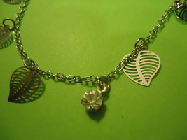 HOLLOW LEAVES ANKLET OR BRACELET<>  WE COMBINE SHIPPING    11742 - $2.75