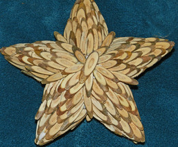 AMAZING WOOD STAR ORNAMENTS MADE WITH TEENY TINY SLABS OF WOOD! WOW! LOD... - $15.79