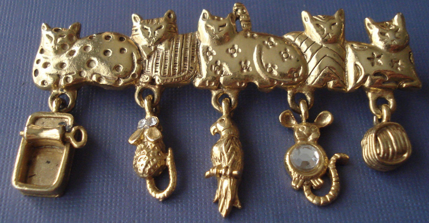 Primary image for CATS Charm BROOCH Pin - AJC - Sardines Mouse Bird Rhinestone Yarn - 2 3/4 inches