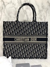NEW AUTH CHRISTIAN DIOR 2019 CD Logo OBLIQUE BOOK TOTE BAG LIMITED RUNWAY
