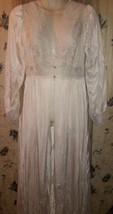 Womens  SHADOWLINE Nylon  Lace Robe color Ivory  SZ 1X nwt - $21.77
