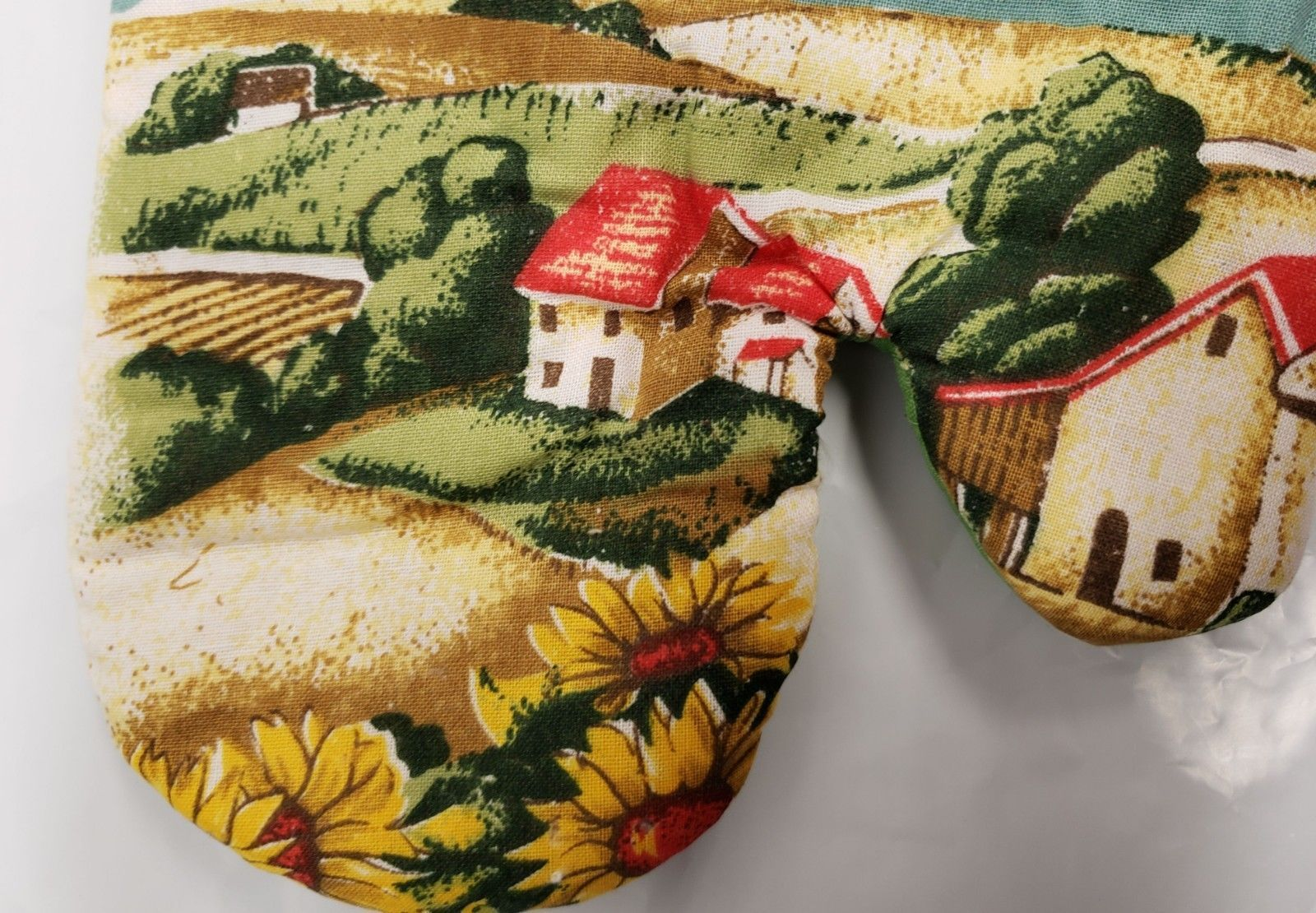 Thin Printed KITCHEN Oven Mitt, APPLES & THE FARM by Andeya