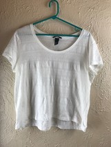EUC GENTLY WORN H & M KNIT TOP M - $9.46