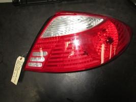01 02 Kia Rio RIGHT/PASSENGER Side Tail Light #0K30A-51140 - $27.72