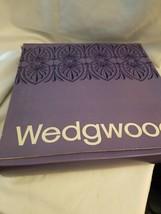 Wedgwood 1976 Annual HAMPTON COURT Jasperware  Plate with box - $4.41