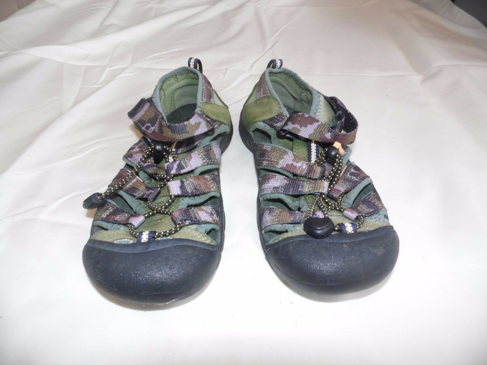 fc4289eb316a1 Keen 9212 Purple Camo Waterproof Sports and 50 similar items