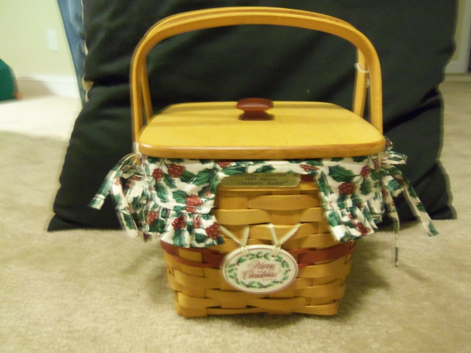 1995 Longaberger Christmas Edition Red Cranberry Basket w/Protector,Liner & Lid