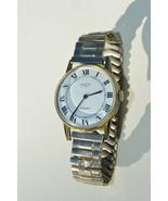 Vtg. ''GENEVA CLASSIC'' Mens mechanical wind watch Runs good - $18.66