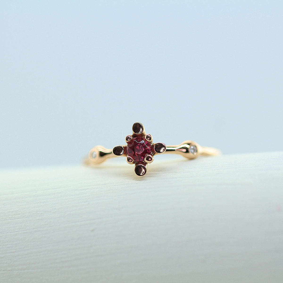 925 Sterling Silver Natural Fine Quality Garnet And Cz Gemstone Gold Plated Hand