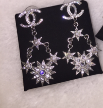 AUTHENTIC CHANEL 2015 CC LOGO STAR CRYSTAL DANGLE EARRINGS SILVER RARE image 4