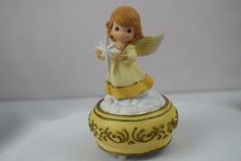 Precious Moments Angel Holding Nativity Star Music Box Joy To The World ... - $14.00