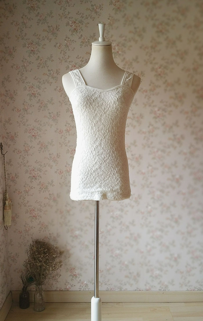 Ivory White Slim Stretchy Lace Tank Top Wedding Bridal Tank Tops NWT