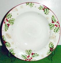 """Lenox Treasured Traditions Pasta Soup Bowl 9.5"""" Holly Motif New RARE - $39.90"""