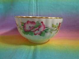 Spode Fine Bone China Wild Mallow Y8381-6 England Open Sugar Bowl Gold Trim - $17.81