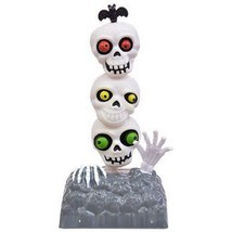 Solar Powered Moving Dancing Halloween Skeleton Bug Eyed Totem Pole SKULLS - $9.89