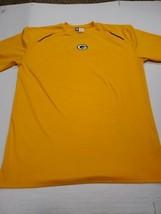 Green Bay Packers Football NFL Team Apparel Yellow Short Sleeve T-Shirt Large - $12.86