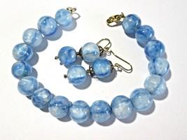 VINTAGE BEADS BLUE WHITE ART GLASS HEAVY BRACELET AND MATCHING PIERCED E... - $18.00