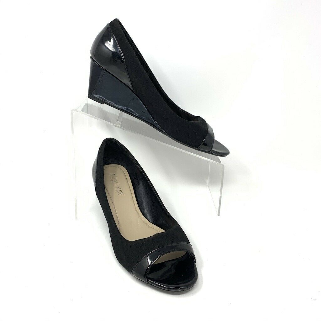 Ellen Tracy Womens Black Patent Leather & Fabric Open Toe Wedge, Size 8 - $19.75
