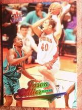 Basketball 2004 Fleer #22 Jason Collier Hawks - $0.99