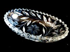 VTG Mid-Century Pretty Cut & Etched Crystal oval bowl Daisy Design - $27.72