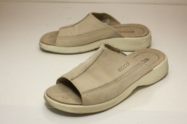 ECCO US 9 to 9.5 Tan Sandals Slides Women's EUR 40 - $48.00